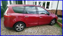 2009 Renault GRAND SCENIC looks aren't everything